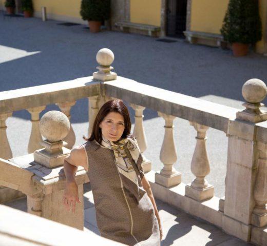 Fashion on Tour;  Lieblingskleid in Beige