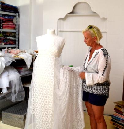 Blick hinter die Festspielkulissen; Janett Sumbera, Garderobenbetreuung