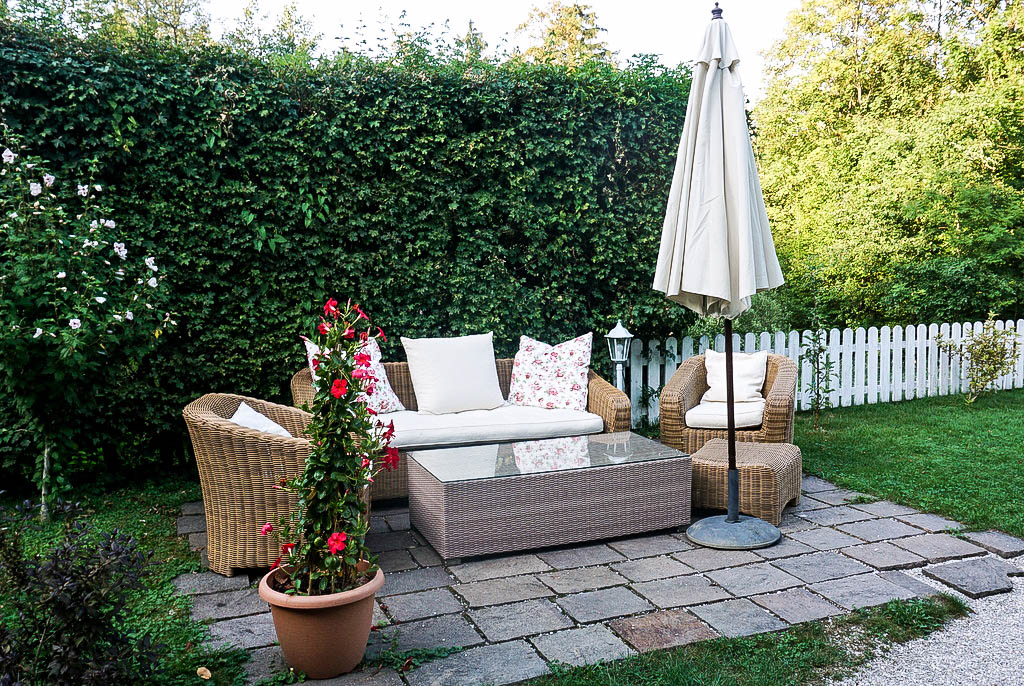 Sitzecke Garten Schlosswirt Anif