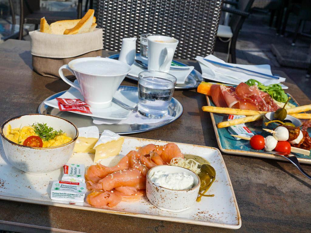 Frühstück in Bergheim