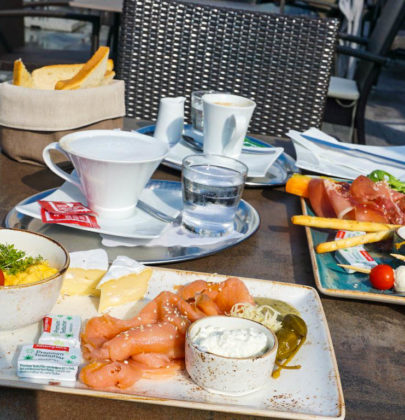 Frühstück in der Bäckerei Rösslhuber und ein Spaziergang nach Maria Plain