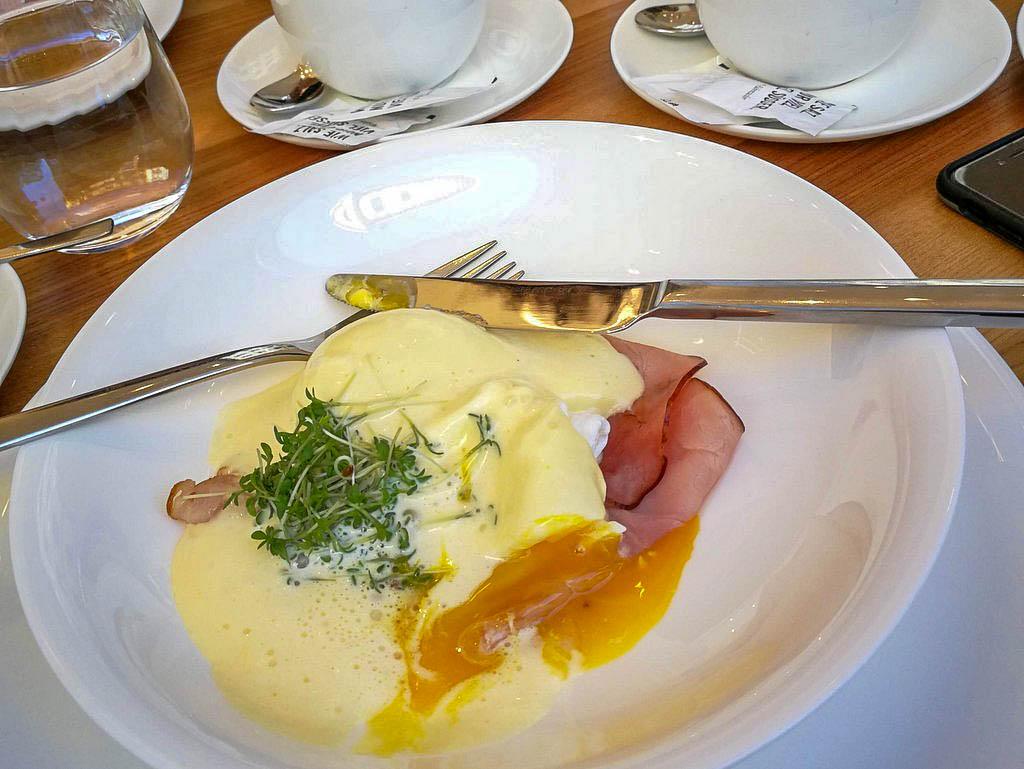 Joseph Brot Egg Benedict
