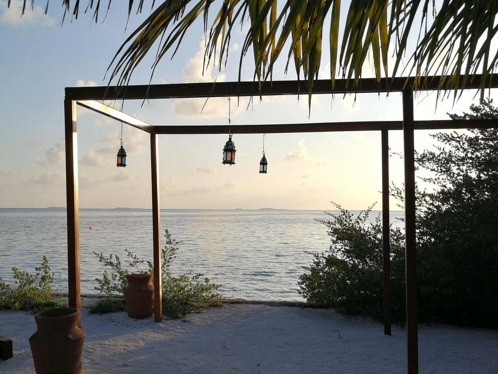 Lily Beach Malediven Strand am Morgen
