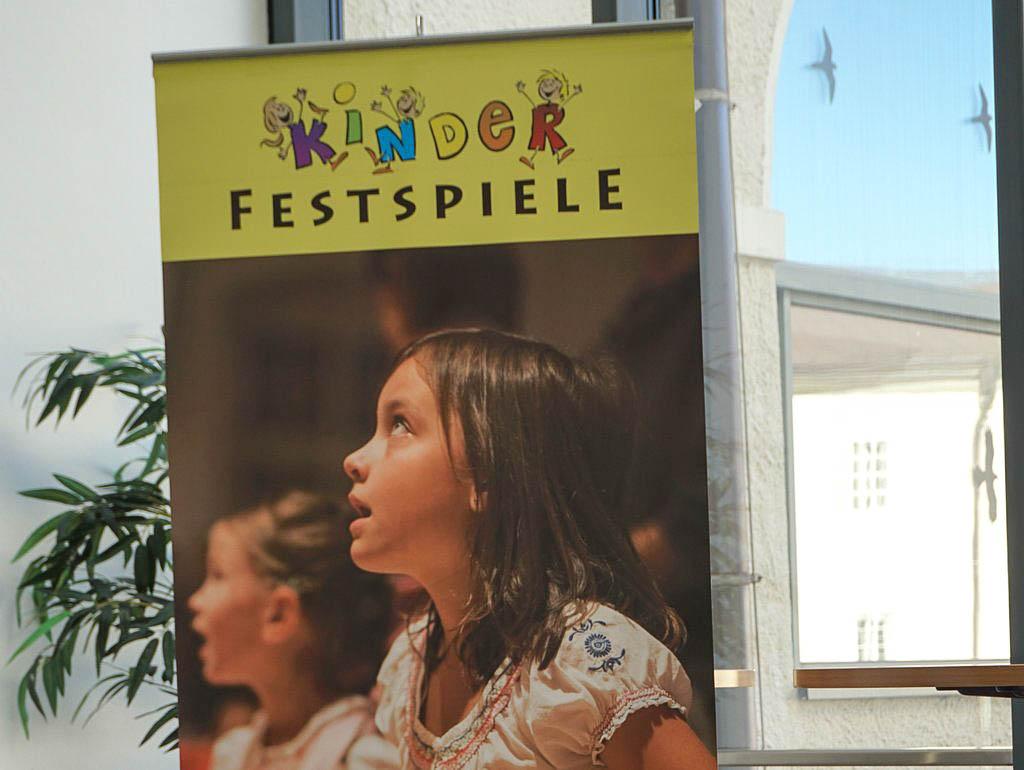 Plakatankündigung Kinderfestspiele Philharmonie Salzburg