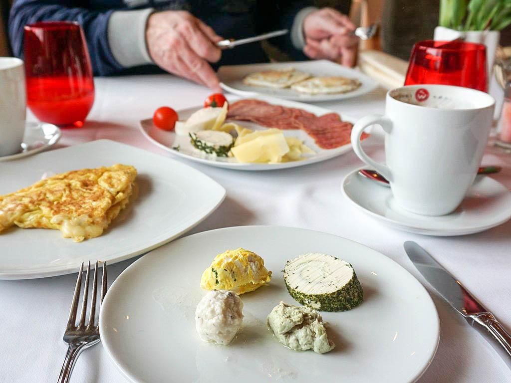 Frühstück Hotel Der Löwe
