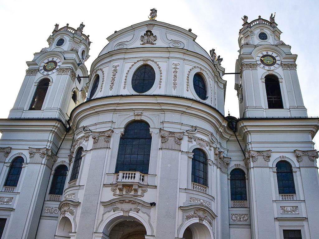 Kollegienkirche Aussenansicht
