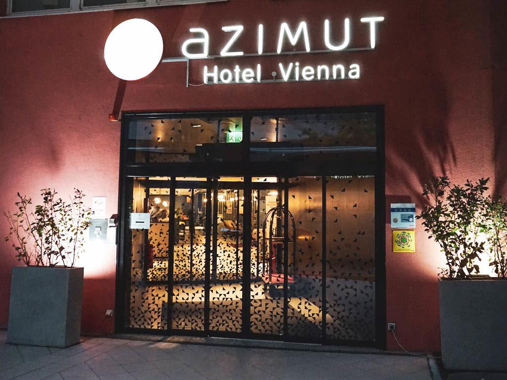 Eingang Azimut Hotel Wien