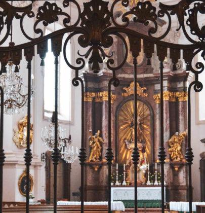 Bilder aus Salzburg; Kirchen wohin man schaut