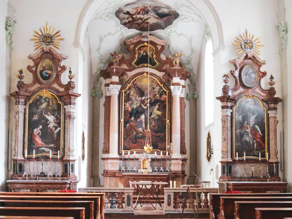 Altarraum Michaelikirche