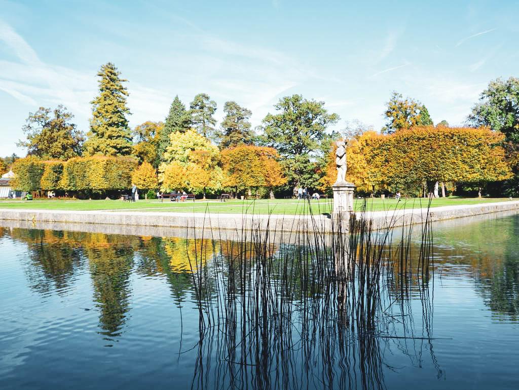 Teich im Schlosspark Hellbrunn
