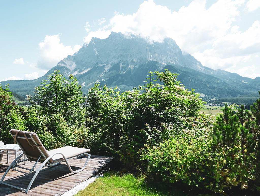 Blick auf die Zugspitze von Lermoos aus