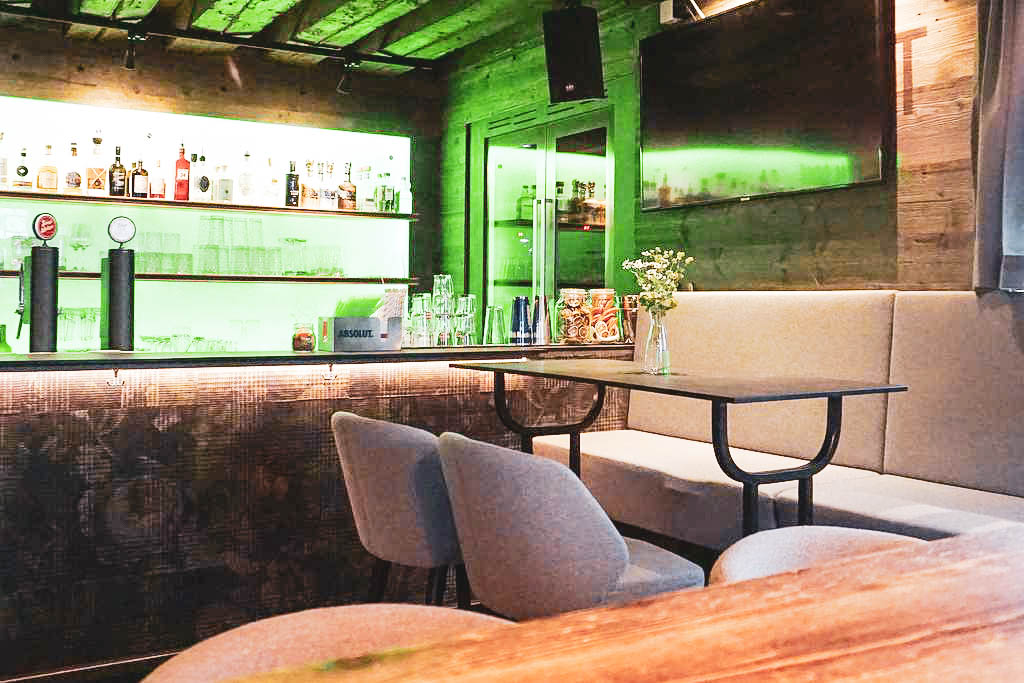 Bar  Humboldtstubn