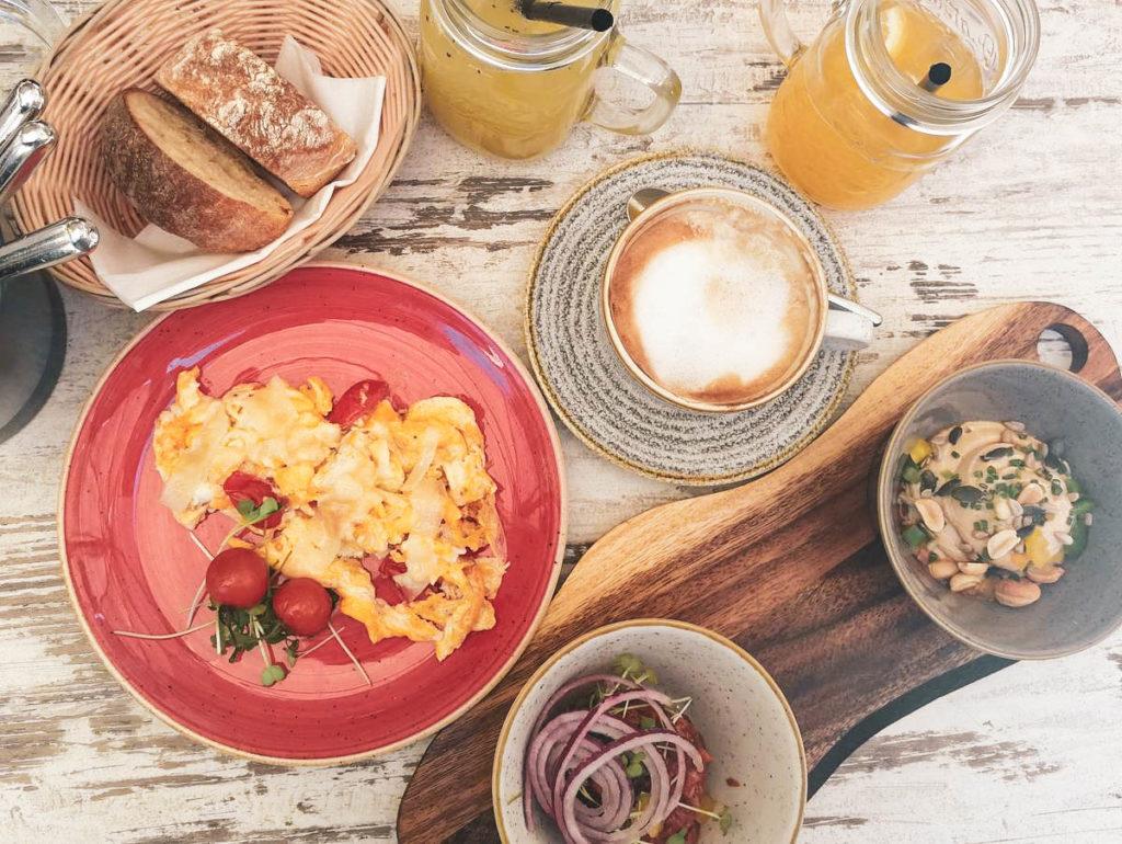 Frühstück im Leomnchilli