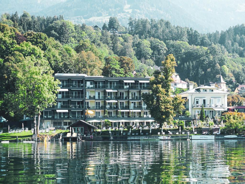 Außenansicht Villa Postillion am See
