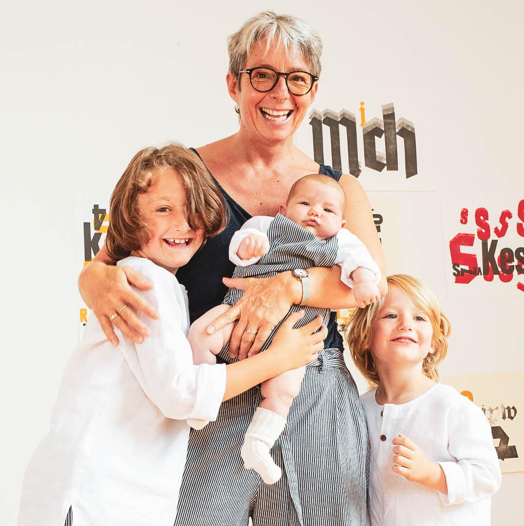 Claudia Indinger von Clain mit Kindern